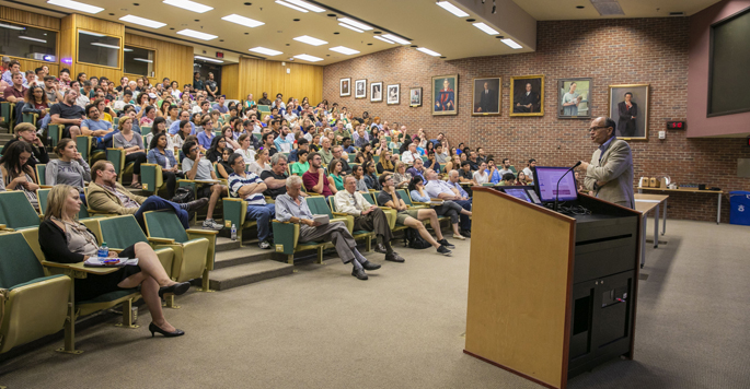 Nobel laureate Thomas Südhof, MD, discusses his synapse research at last week's Discovery Lecture.