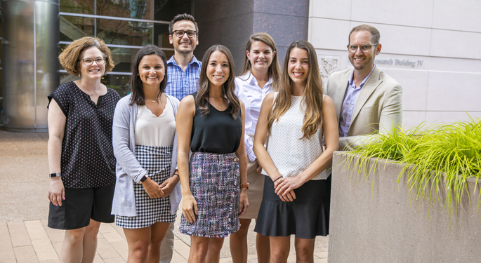 Martha Dudek, left, with new Master of Genetic Counseling students (front row, from left) Gianna Petrelli, Carly Smith, Alexa De la Vega, (back row, from left) Erin Griffin, Emma Metz and Lucas Richter.