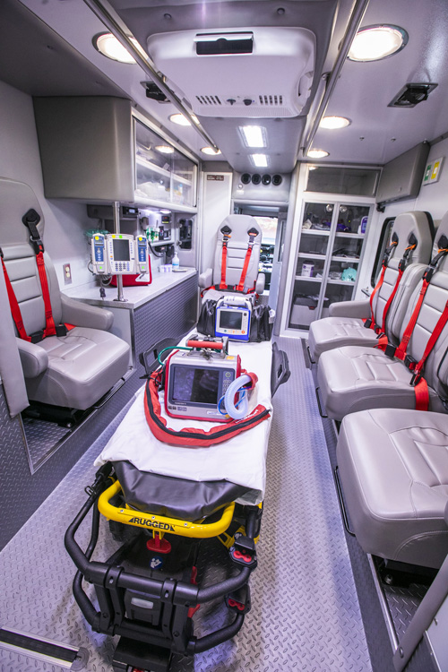 Lifeflight Expands Critical Care Transport To Ground Ambulances Vumc Reporter Vanderbilt University