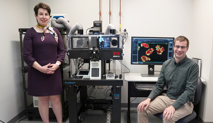 "Marcela Brissova, PhD, and MD/PhD student John ""Jack"" Walker are part of the research team that developed a pseudoislet system for integrated studies of human islet function."