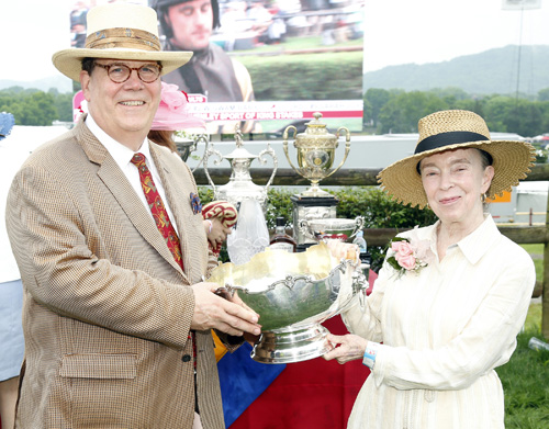 C. Wright Pinson, MBA, MD, and honorary co-chair Jennifer Najjar, MD, presented trophies to the winner of The Margaret Currey Henley Stakes race at the 78th Iroquois Steeplechase on Saturday, May 11. Since designating Monroe Carell Jr. Children's Hospital at Vanderbilt as its official charity in 1981, the Steeplechase has raised more than $10 million for the hospital. Thousands of spectators gathered this year for the event, which has become Nashville's rite of spring.